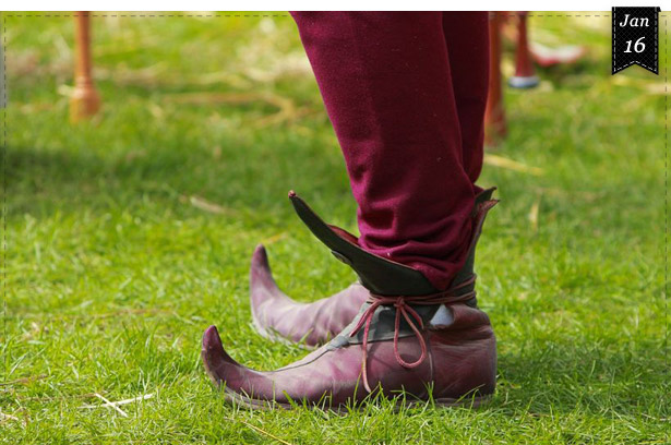 Schuhe dienen der Standeserkennung