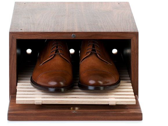 store your shoes in a wooden shoe box from shoepassion