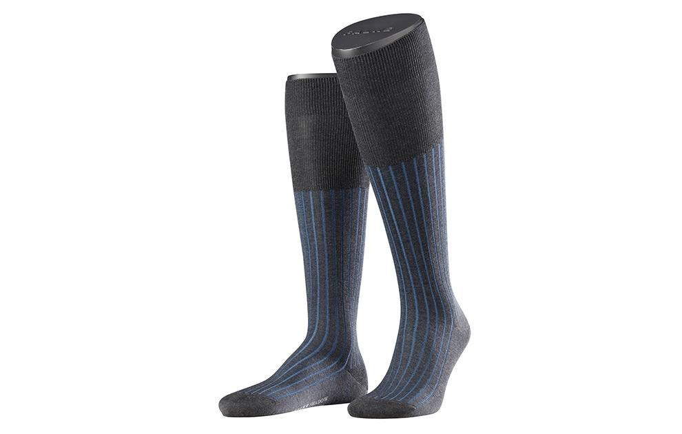 51e3ff7a7 Falke »Shadow« knee socks at SHOEPASSION.com
