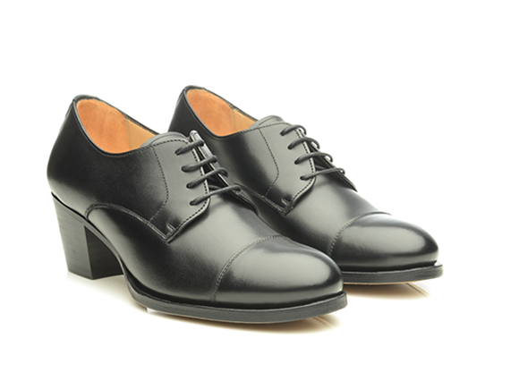 3ba8464230c9b SHOEPASSION.com – Goodyear-welted women s cap-toe Derby in black