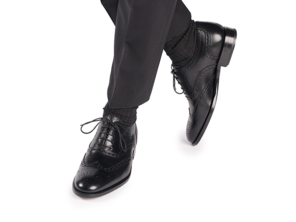 679d06ac6fc6b4 Modell No. 560 - Rahmengenähter Full-Brogue Oxford in Schwarz