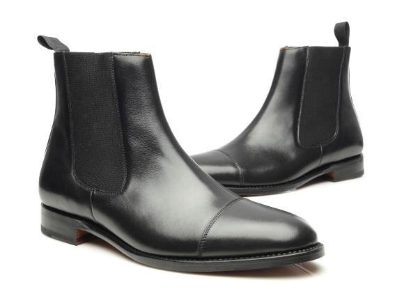 ae6a35d2a20 Modèle N° 620 – Chelsea Boots en noir cousus trépointe à bout droit